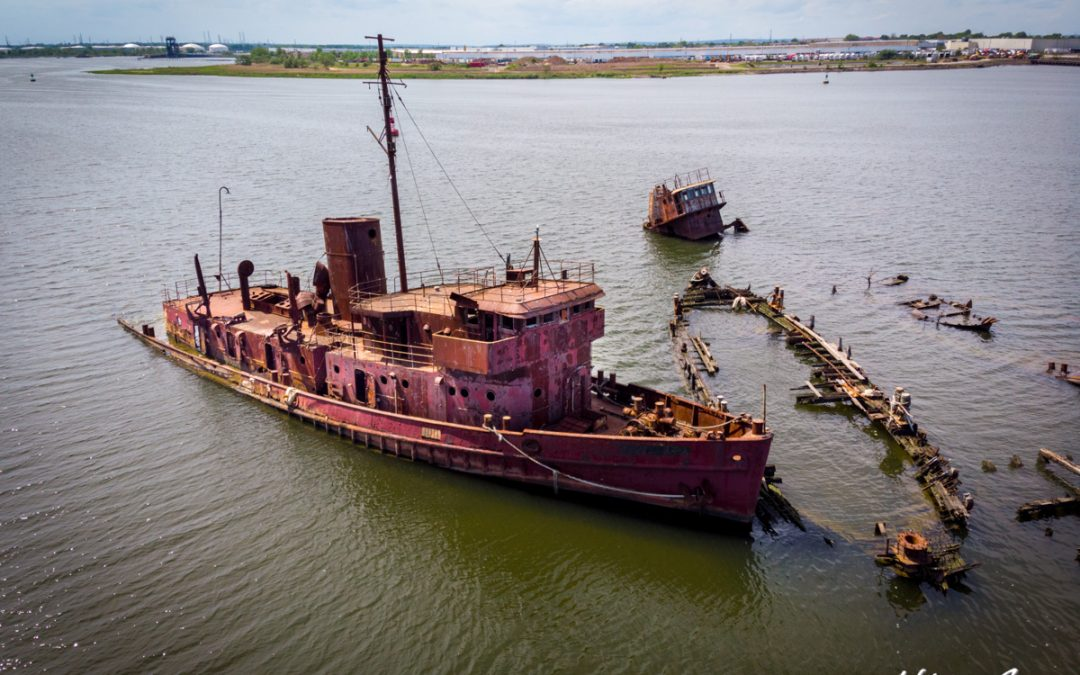 Drone shots of the Staten Island Boat Graveyard (New York City)
